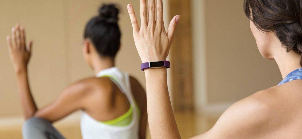 Quel bracelet connecté pour fille